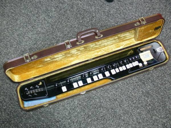 E871 - Taisho Koto (Taishogoto) Suzuki Ran Alto Black