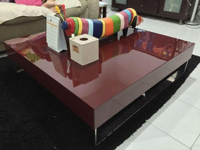 Elegant red coffee table for sale
