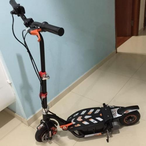 EVO Battery scooter, excellent condition**price
