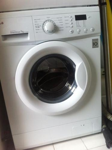 Expat Leaving - Selling LG Washing Machine - very good