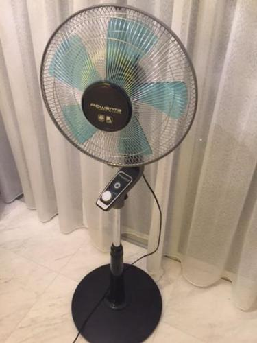 stand w pedestal home g warranty rowenta fan inches item turbo silence year electronics
