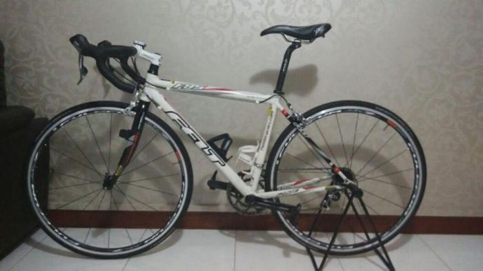 Felt Road Bike for sale