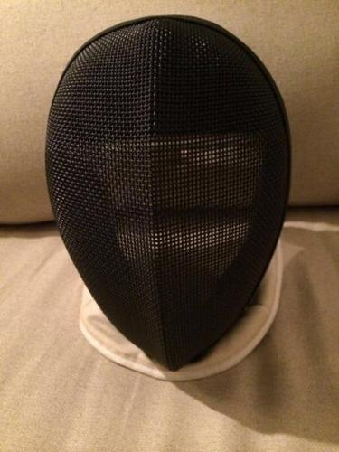 Fencing mask size 1M