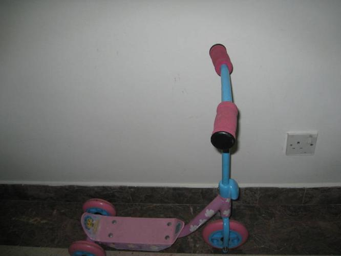 Fifi Scooter for young child