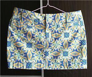 flora print mini skirt -- size L