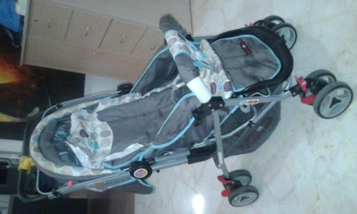 Fold-able/Extensible pram for sale for kids 0-2 years.