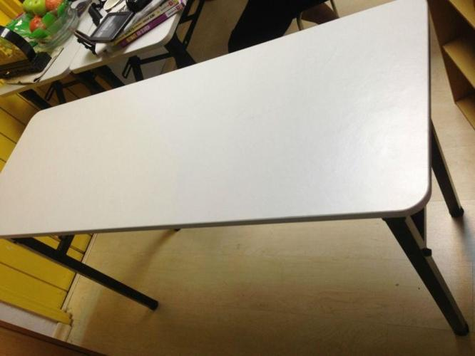 Foldable study tables for sale