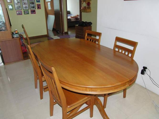 FOR SALE Solid Nyatoh Wood 4 Seater Dining Table For Sale In Bayshore Road