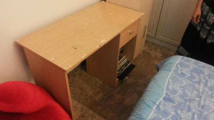 Free veneer desk