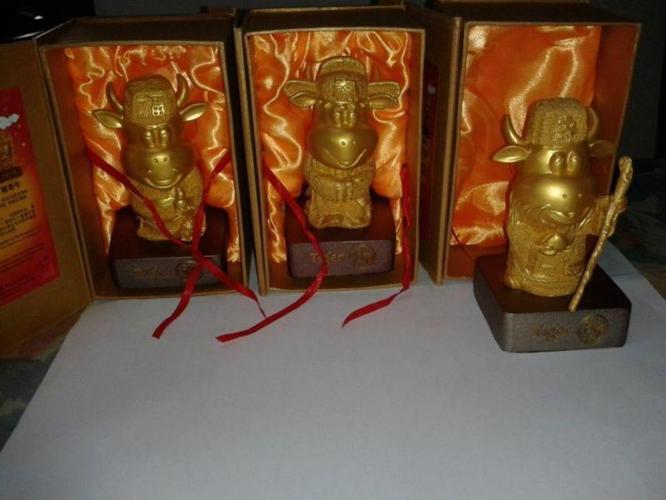 Fu Lu Shou Figures Happiness, Prosperity and Longevity