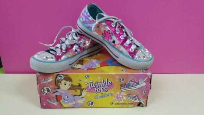 Girls' Light up shoes.