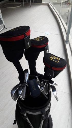 Golf Set for sale (seldom used)