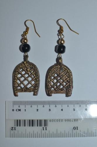 Handicraft metal earrings