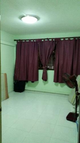 HDB 786 YISHUN RING ROAD For Rent ROOM SHARING AT $250
