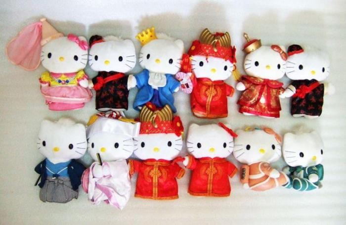 ~~~ HeLLo KiTTy CoLLecTiBle SoFT Toy SeT $118 ~~~