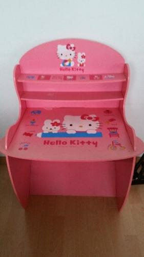 Hello Kitty kids table and chair for SALE!