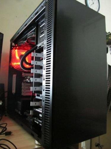 High End Gaming PC (i7 4820K, GTX 770, 8GB DDR3, 750W