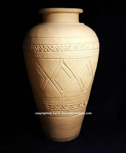 ~~~ HuGe MeDiTeRaNean Hand MoLDed CLaY Vase/Jar only