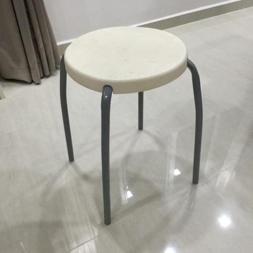 HURRY!! Only Left 2pcs of Stools Chairs Up for Grab!
