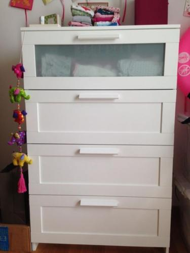 IKEA BRIMNES chest of 4 drawers (white)