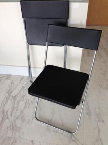 IKEA folding chairs (2 chairs / pair)