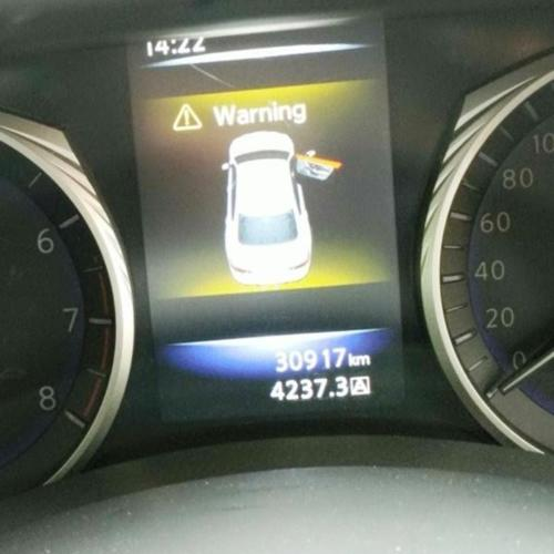 Infiniti Q50 2.0T Auto