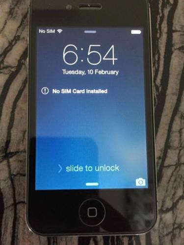 Iphone 4S 16GB black excellent condition 9.9/10