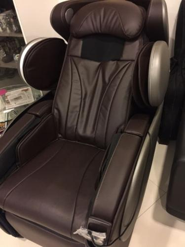 ISIM U- Divine massage chair