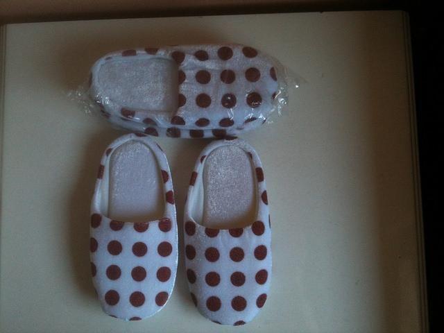 Kids Indoor Slippers (2 pairs)
