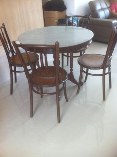 Kopitiam Marble Table With 4 Chairs For Sale In Punggol Drive Northeast Singapore Classified Singaporelisted Com