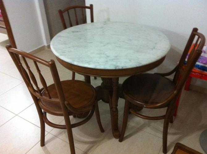 Kopitiam Style Marble Round Table With 3 Chairs For Sale In Tampines Link East Singapore Classified Singaporelisted Com