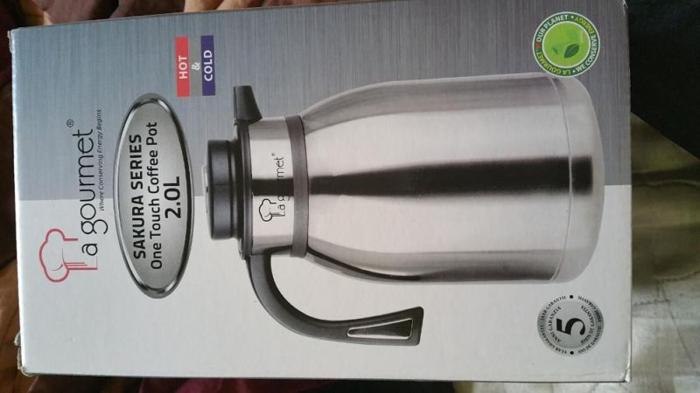 La Gourmet 2L cool & hot one touch thermal flask