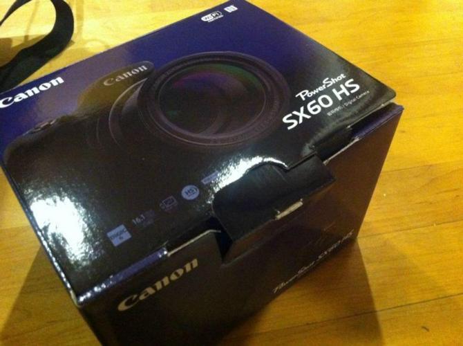 Latest Canon Powershot Camera with receipt & warranty