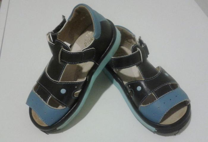 Leather boys sandals