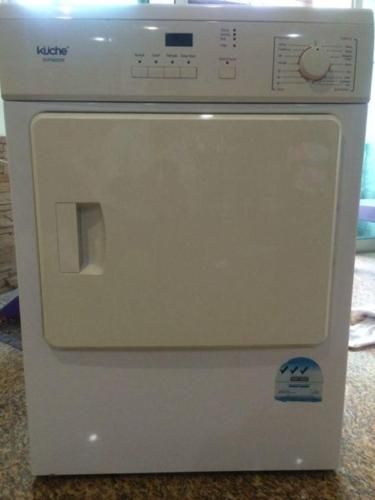 Lg Washing Machine 7kg Kuche Dryer 6kg For Sale Negotiable For