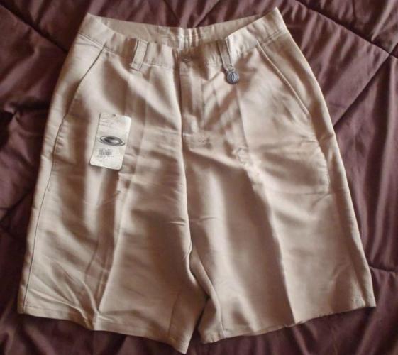 Limited Edition Rare Oakley Golf Shorts Bermudas