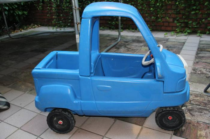 Little Tikes Ride On Toys : Little tikes blue truck toy car kids cozy coupe car ride on for