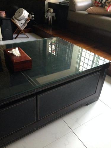 Lorenzo Coffee table with drawers