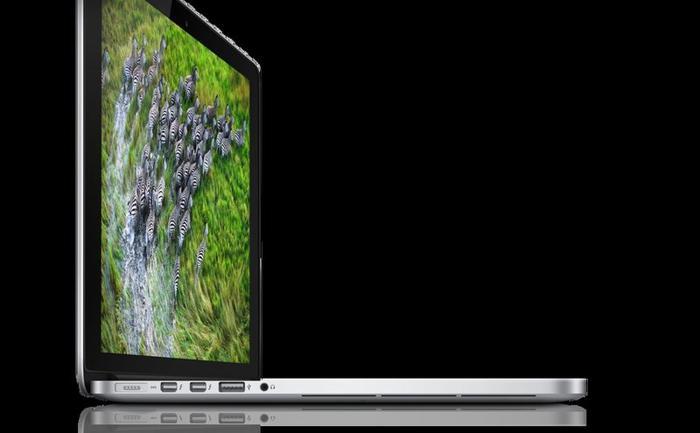 MacBook Pro - Brand new in box 13-inch:2.5Ghz + 1 year