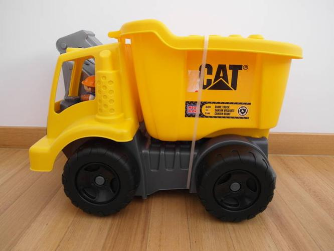 Mega Bloks CAT Large Vehicle Dump Truck Toy