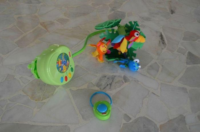 Mobile (Fisher Price)