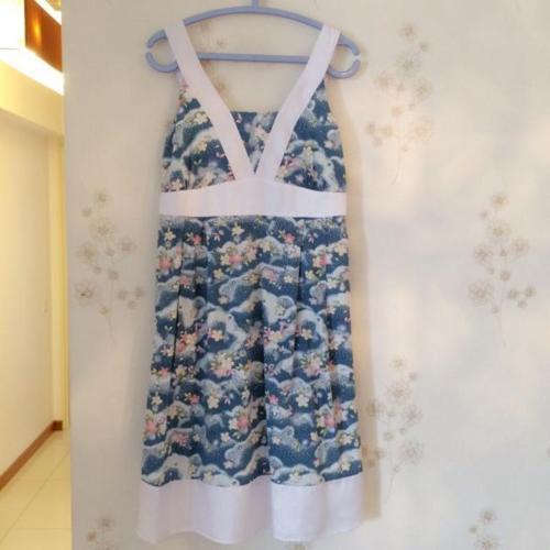 Mordern maternity blue floral dress