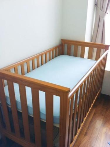 Mothercare Jamestown Cot Toddler Bed Mattress Not Included For Sale In Amber Gardens East Singapore Classified Singaporelisted Com