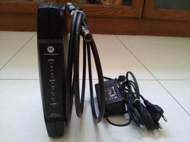 Motorola SBV5121i Voice-Enabled Cable Modem