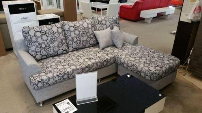 New L shape, fabric sofa for sale at huge discount!!!