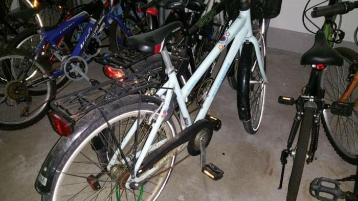 Nice girls' bicycle. Robust, in good condition.