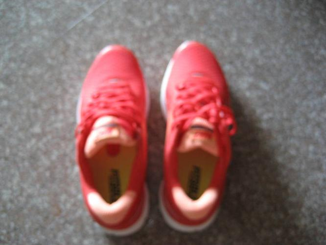 Nike Lady Running Shoes for sale