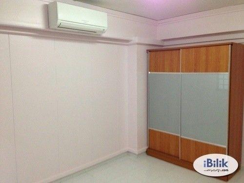 No Agent Fee ! Common Room @ Blk 854 Jurong West St 81