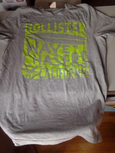 Original Hollister Black and Grey T-Shirt - Size Large