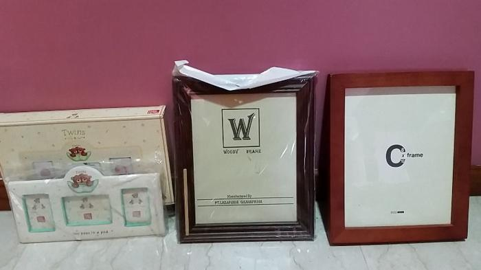 Picture Frames for Twins + frames bundle for Sale in Bukit Batok ...